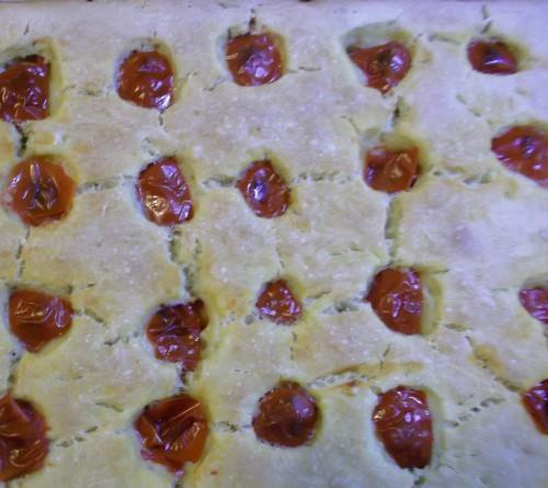 ricette bimby - focaccia con pomodorini