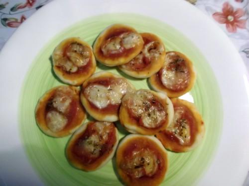 ricette bimby - pizzette di finta sfoglia