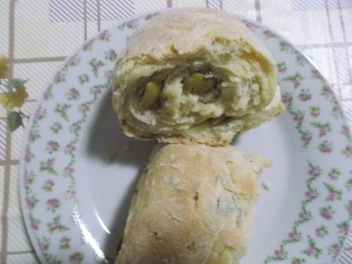 ricette bimby, pane alle olive con il bimby, pane fatto in casa, olive, lievito di birra, bimby.