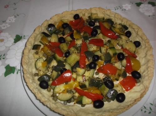 pasta brisée,torta salata,peperoni,zucchine,capperi,erbe aromatiche,ricette bimby - ricette con il bimby - torta salata con il bimby,piatto unico,antipasto,secondo piatto
